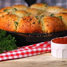 Grilled Cheese Pull Apart Rolls Go Great with Tomato Soup for a Back to School Fave - Shared