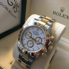 May 2020 - Rolex Daytona Dual Tone White Swiss Automatic Watch– AmazingBaba Top Watches For Men, Diamond Watches For Men, Mens Sport Watches, Mens Watches Leather, Luxury Watches For Men, Rolex Daytona Steel, Rolex Daytona Gold, Rolex Day Date, Swiss Automatic Watches