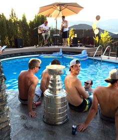 Justin Schultz chose to celebrate the Penguins Stanley Cup Championship by throwing a pool party in Kelowna, BC with friends and family.