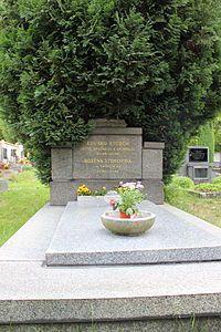 Eduard-Štorch-busta-Ostroměř-20140723c - Eduard Štorch – Wikipedie