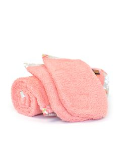 Handdoekenset Peach Poppies - zalmroze baby collectie by Glorious Lou