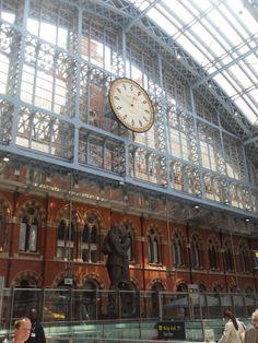 Kings Cross #London #Travel #ToGo