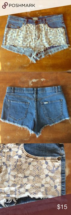 RVCA floral overlay fringe shorts Super cool cutoff style shorts with floral fabric overlay in front. Excellent condition! RVCA Shorts Jean Shorts