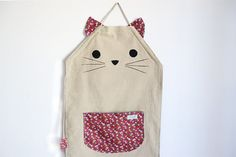 Personalized apron for cats lovers by CosturillaHandmade on Etsy, €29.00