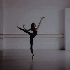 Dancer Photography, Ballet Images, Dance Poses, Dance Pictures, Character Aesthetic, Just Dance, Dream Life, Aesthetic Pictures, Ballet Dance
