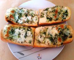 Pan con ajo y mozarella