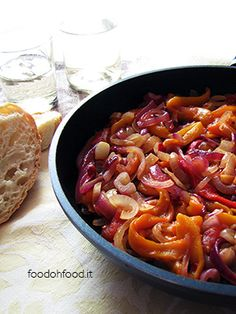 Peperonata - peppers cooked with tomatoes and sliced onions (Italian recipe)