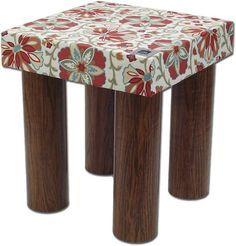 Pufe Puff Eco - com bobina de papelão (pode ser bambu) Cardboard Box Crafts, Cardboard Tubes, Cardboard Furniture, Recycling Projects For Kids, Diy Projects, Easy Crafts, Diy And Crafts, Pom Pom Crafts, Envelope Design
