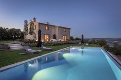 Beautiful Villa sleeping 6 with charming country views, outdoor dining, swimming…