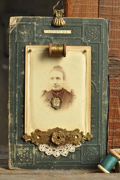 Display for antique photos