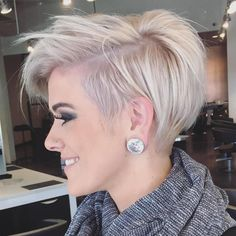 Long Messy Pixie Hairstyle(Thin Hair Styles For Women) Granny Look, Haircuts For Fine Hair, Edgy Short Haircuts, Short Undercut, Men Undercut, Pixie Haircut Fine Hair, Pixie Cut With Undercut, Cute Pixie Haircuts, Short Haircut Styles