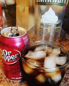 22 Bizarre Alcohol Combinations That Actually Taste Amazing Whipped cream–flavored vodka + Dr. Pepper 22 Bizarre Alcohol Combinations That Actually Taste Amazing Whipped Vodka Drinks, Whipped Cream Vodka, Cake Vodka Drinks, Best Vodka Drinks, Malibu Rum Drinks, Fireball Drinks, Mixed Drinks Alcohol, Alcohol Drink Recipes, Best Mixed Drinks