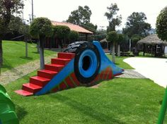 Slide in a park in Mexico. They reused an old tractor tire. Fun for a tunnel Kids Outdoor Play, Backyard Play, Kids Play Area, Backyard Games, Outdoor Toys, Outdoor Fun, Tire Playground, Outdoor Playground, Tire Craft