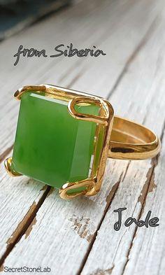 Jade Ring Green Jade Solid Silver 925 Nephrite Jade Siberian Band Ring Green Natural Jade Unisex Gift For Wife Anniversary Gift For Husband Jade Jewelry, Gems Jewelry, Jewelry Art, Diamond Jewelry, Silver Jewelry, Fashion Jewelry, Jewelry Design, Emerald Wedding Rings, Emerald Rings