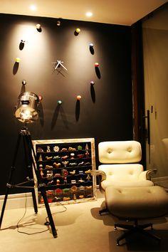 Feito em casa - Relógio de parede montado com bolas de bilhar sinuca (Billiard Balls Wall Clock)