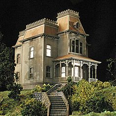 Miniature H-O scale replica of the infamous hillside mansion includes an LED light kit for eerie realism! The model is comprised of over 70 highly-detailed plastic parts, molded in 3 shades of gray. $37.00