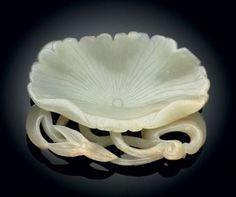 White Jade Lotus Leaf-Form Brush Washer, Jin Dynasty (1115-1234)