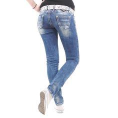 Schöne Damenjeans bei Stylefabrik Fashion von der Marke Cipo&Baxx Modell CBW 639 jeansblau mit tollen Verzierungen #stylefabrik #fashion #denim #jeans #frauen #style #slimfit