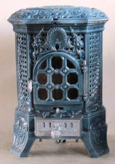 Antique French Stove Co Deville Lily pale blue - FRANCE