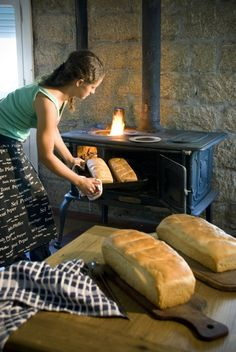 The aroma in the cottage has been divine! Bread baking at it's best! Thank you ladies! Charro Beans, Texas Bbq, Our Daily Bread, Bread And Pastries, How To Make Bread, Fajitas, Desert Recipes, Bread Baking, Country Life