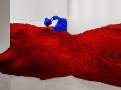 Destierro di Anish Kapoor un buldozer blu oltremare a Pechino — ARTBOOMS Anish Kapoor, Interactive Installation, Installation Art, Art Installations, Museum Of Fine Arts, Art Museum, 3d Art, Ai Weiwei, Famous Art