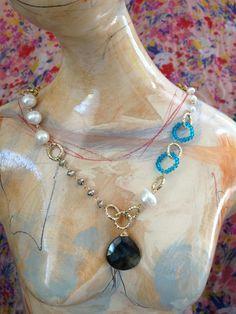Labrado rota, Aqua Quartz, perla y pirita