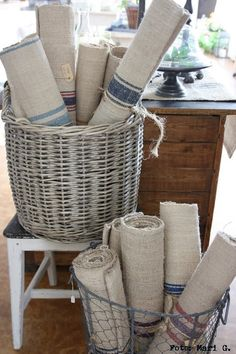For the Love of French Linen ~ Wicker and wire baskets French Country Cottage, French Country Style, Rustic Style, French Decor, French Country Decorating, Lino Natural, Vibeke Design, French Fabric, Grain Sack