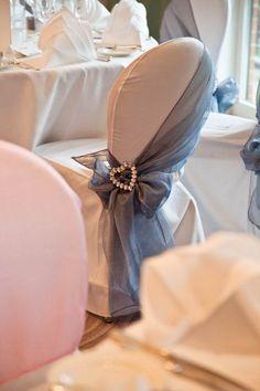chic decorar sillas de boda