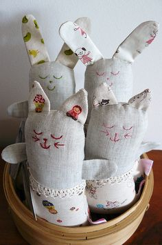 These are just too cute!    http://www.flickr.com/photos/rebeccacason/4291044533/in/faves-jenib/