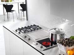 CS 1112 E 208V - Electric CombiSet with 2 cooking zones incl. one Vario zone for versatile use.--NO_COLOR