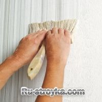 How to Create a Faux Fabric Effect with Paint via This Old House With a little practice and a dry brush, you can create the look of textured wall coverings Faux Painting Walls, Faux Walls, Texture Painting, Wall Paintings, Wood Walls, Painting Furniture, Faux Painting Techniques, Painting Tips, Paint Techniques Wall