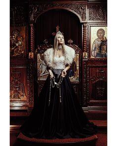 Tsarina  Photographer: Cornelius Loruenser - Photögraphy.com @photoegraphydotcom Designer: AnaTraj Fashion Model: Lilia Kutlina by darkbeautymag