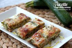 La parmigiana di zucchine è una ricetta classica della nostra cucina: gustosa, nutriente e tradizionale. Da inserire di diritto nei nostri menù, in particolare quelli estivi.