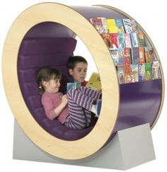 """O"" my! Reading chair and bookshelf in one"