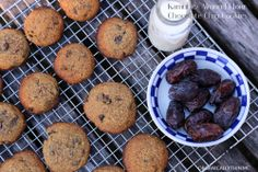 http://organicallythin.me/2014/01/10/kamut-almond-meal-cookies/ Kamut and Almond Meal cookies!