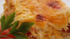 A hearty bacon, egg, and hash brown casserole for the bacon lover in all of us. Feel free to use turkey bacon rather than pork!
