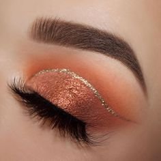 74 Gorgeous Eye Makeup Looks For Day And Evening - Hair and Beauty eye makeup Ideas To Try - Nail Art Design Ideas Golden Eye Makeup, Soft Eye Makeup, Dramatic Eye Makeup, Beautiful Eye Makeup, Colorful Eye Makeup, Blue Eye Makeup, Fall Makeup, Smokey Eye Makeup, Makeup Goals