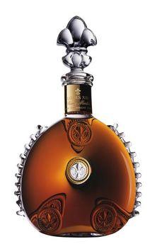 Conhaque Louis XIII: garrafa de 1 litro. Preço sugerido R$ 9.500. Só queria a garrafa...