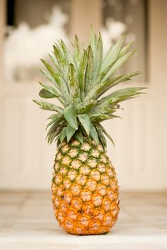 ananas details by photographer Joan Arruda
