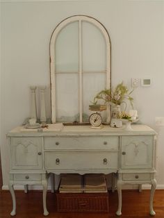 Chateau Chic: Arched Window
