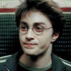 harry potter // prisoner of azkaban Harry Potter Icons, Harry James Potter, Harry Potter Anime, Harry Potter Pictures, Harry Potter Aesthetic, Harry Potter Cast, Harry Potter Characters, Harry Potter World, Daniel Radcliffe Harry Potter