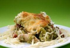 Rakott brokkoli Hungarian Recipes, Hungarian Food, Lasagna, Dishes, Chicken, Ethnic Recipes, Hungary, Life, Hungarian Cuisine