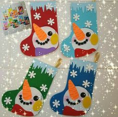 Winter craft idea for preschoolers,homeschooling Egg shell snowman craft idea for kids Homeschooling winter activities and crafts Cardboard winter crafts Toilet paper roll winter bulletin board ideas Handprint and footprint snowman art idea for kids Christmas Crafts For Kids To Make, Christmas Activities, Xmas Crafts, Kids Christmas, Diy And Crafts, Paper Crafts, Art Crafts, Theme Noel, Snowman Crafts