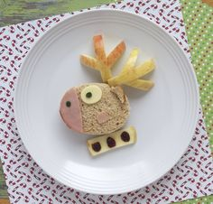 Delight your kids during the holiday break with this cute (and healthy) Christmas-themed sandwich — perfect for little ones eagerly anticipating Santa!
