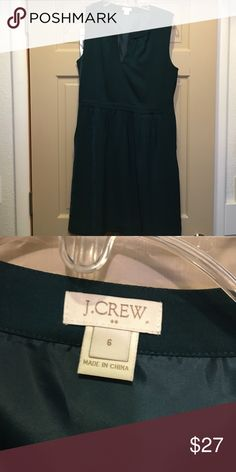 J Crew Factory Green Dress Great J Crew Forest Green dress with pockets! Key hole or open neck J. Crew Dresses Mini