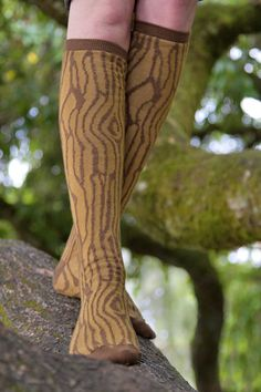 Ashi Dashi Wood Knee High from Sock Dreams    I totally love this idea!