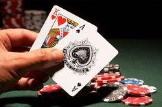 Banyaknya meja poker yang disediakan adalah untuk bisa memberikan wadah bagi semua para pemain dunia yang bergabung di situs Agen Judi Poker Online sebab situs