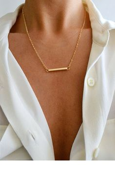 Really love bar necklace but think it would look better as a 16 inch chain. Jewelry Box, Jewelry Accessories, Fashion Accessories, Jewelry Design, Gold Jewelry, Jewlery, Delicate Jewelry, Simple Jewelry, Minimal Classic
