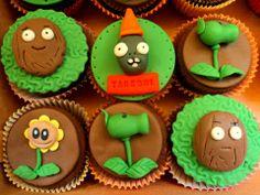 """Képtalálat a következőre: """"zombi vs plants"""" Plants Vs Zombies, Zombies Vs, Zombie Birthday Parties, Zombie Party, Cupcakes, Halloween 2, Kids Meals, Fondant, Nom Nom"""