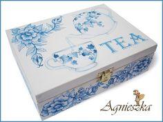 Caixa de madeira de chá.